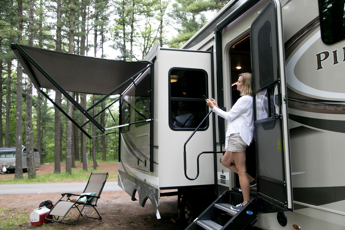 RV app to control awnings